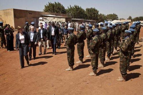 4 U.N. peacekeepers killed by suicide bomber in Mali
