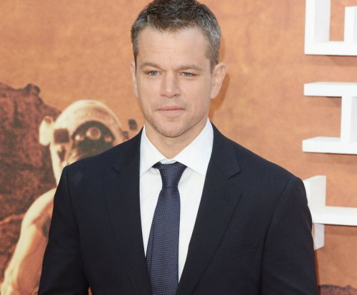 Matt Damon clarifies comments regarding actors' sexuality