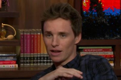 Eddie Redmayne: 'I never went out on a date with Taylor Swift'