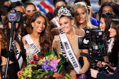 Miss South Africa wins Miss Universe 2017