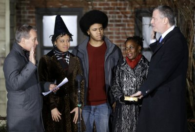 New York Mayor Bill de Blasio promises 'march' toward fairness