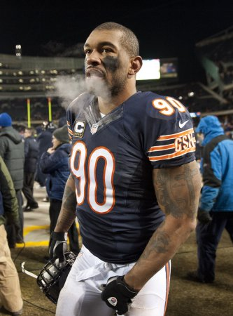Julius Peppers headed to Green Bay