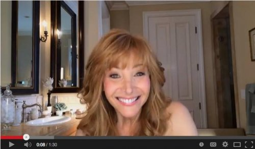 Lisa Kudrow reprises Valerie Cherish in 'The Comeback' trailer