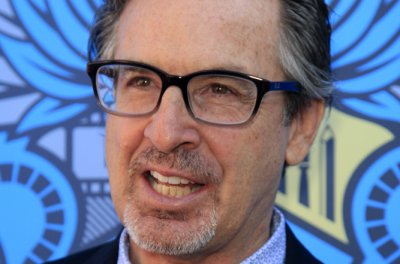 Robert Carradine severely injured in car crash