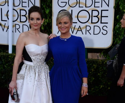 Tina Fey, Amy Poehler to return to 'SNL' as guest hosts