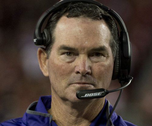 Minnesota Vikings' Mike Zimmer gives credit to players