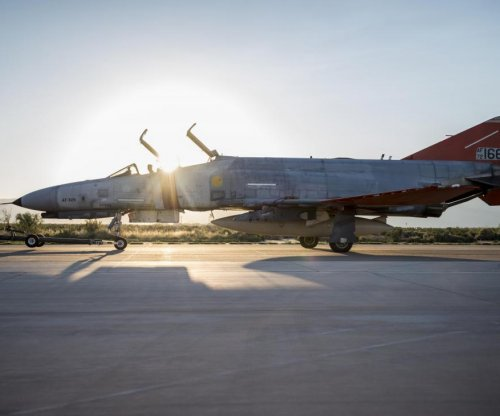 U.S. Air Force QF-4 flies final unmanned mission