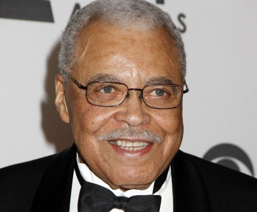 James Earl Jones to receive Lifetime Achievement Award at the Tonys