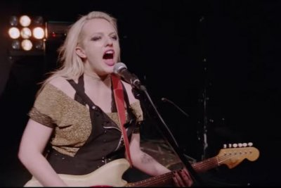 Elisabeth Moss is a rockstar in new 'Her Smell' trailer