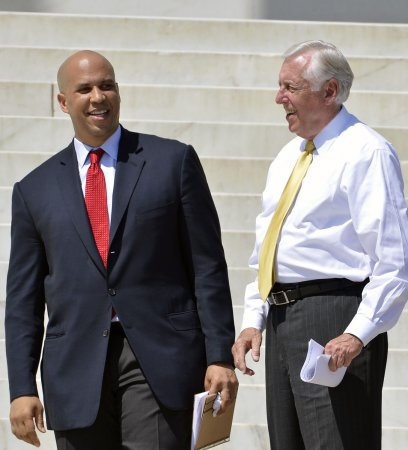 Biden to campaign for Cory Booker in N.J.. Senate race