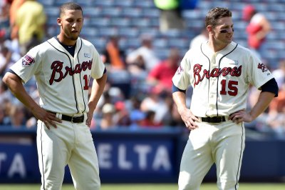 Atlanta Braves beat New York Mets late, improve to 4-0