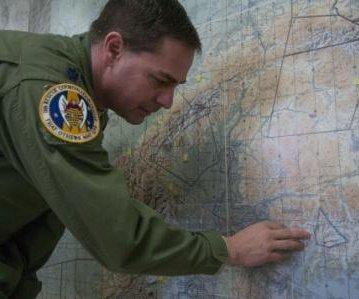 Hikers rescued from Alaska glacier after week-long stranding