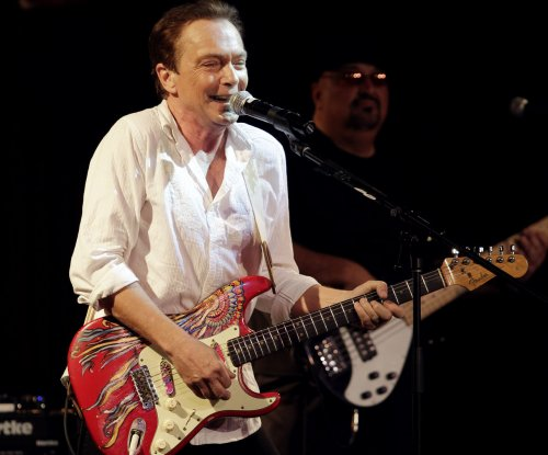 David Cassidy suffers organ failure, remains hospitalized in critical condition