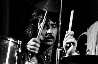 Former Uriah Heep drummer Lee Kerslake dead at 73