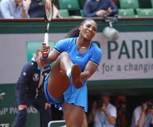 Serena Williams continues quest at Australian Open