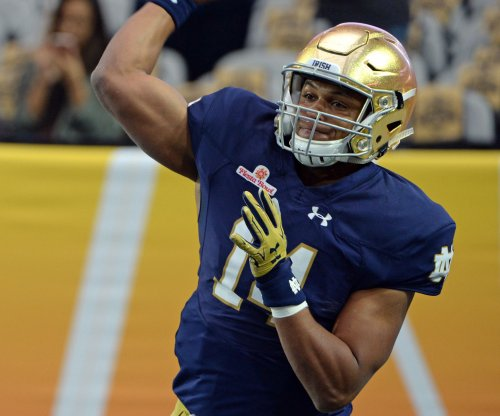 Notre Dame QB DeShone Kizer's draft stock dropping out of first round