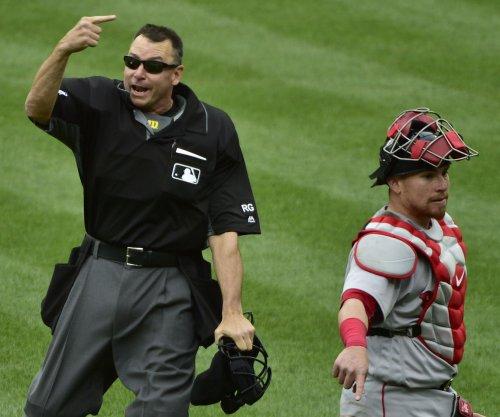 Mookie Betts, Hanley Ramirez homer as Boston Red Sox avoid sweep