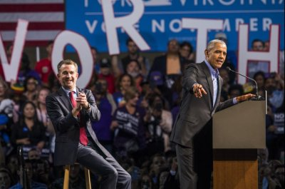 Obama voices concern for U.S. on first campaign trip