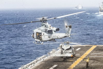 Bell Textron receives contract for work on UH-1Y, AH-1Z helicopters