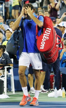Robredo upsets Federer in U.S. Open; Nadal reaches quarterfinals