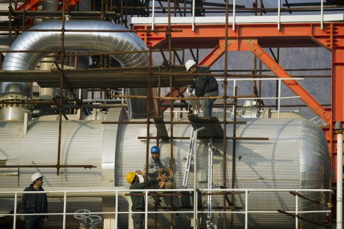 Iran sees energy interest from India and China