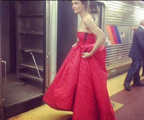 Katie Holmes throwback photo: Ball gown for a NY train ride