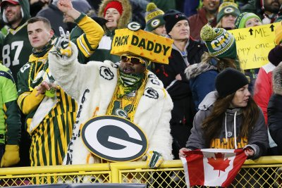 Green Bay Packers to allow limited number of fans for divisional playoff game