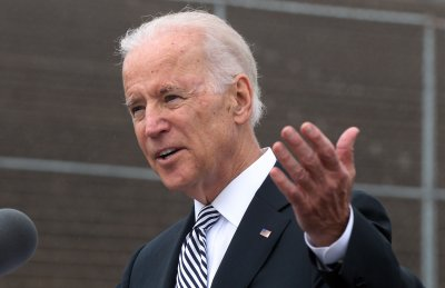 Biden reportedly calls tea party 'crazy'