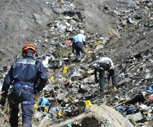 Germanwings pilot Lubitz buried quietly amid investigation
