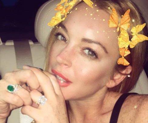 Lindsay Lohan wears engagement ring after relationship drama