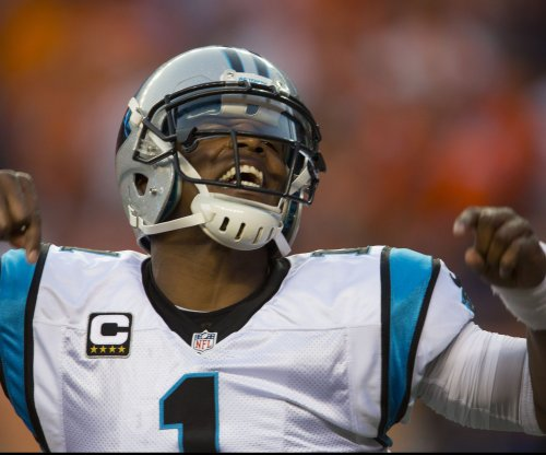 Carolina Panthers build big lead, hold off New Orleans Saints