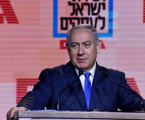 Israeli police recommend Netanyahu indictment in corruption cases