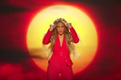 Jennifer Lopez, daughter Emme star in 'Limitless' music video
