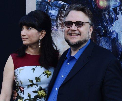 Venice Film Fest opens with 'Everest,' leaves out 'Crimson Peak'