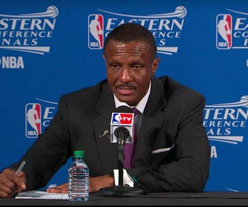 Toronto Raptors' Dwane Casey fined $25k, Cleveland Cavaliers' Dahntay Jones suspended