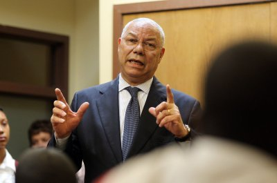 Colin Powell says Hillary Clinton is falsely blaming him for email scandal