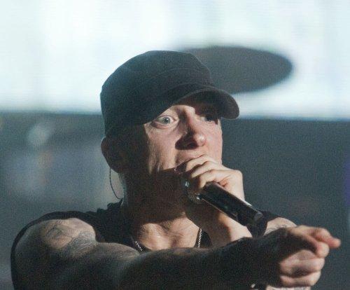 Eminem sets record for most consecutive No. 1 album debuts