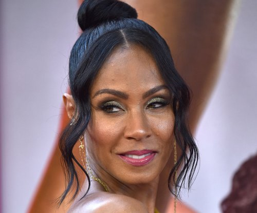 Jada Pinkett Smith posts bikini photo during family vacation