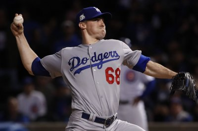 Dodgers try to continue going wild on Cards