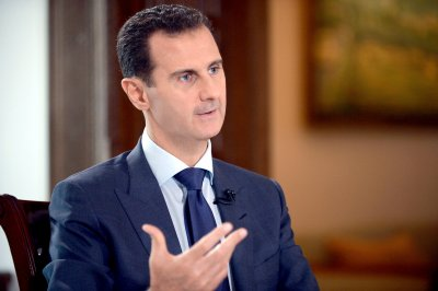 U.S. warns Assad against using chemical weapons