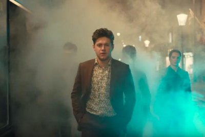 Niall Horan turns on charm in 'Nice to Meet Ya' music video