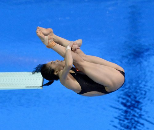 Chinese diver equals career medal mark