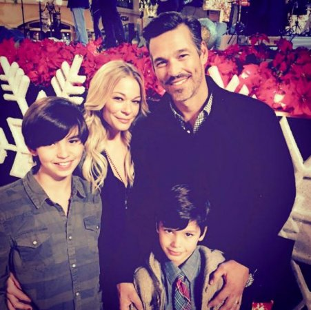 LeAnn Rimes shares holiday photos with Eddie Cibrian's sons