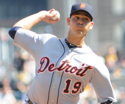 Detroit Tigers' homers help Sanchez win sixth straight decision