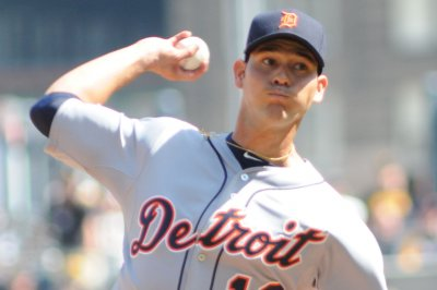 Detroit Tigers' homers help Sanchez win sixth straight decision