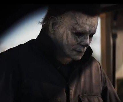 Jamie Lee Curtis returns as Laurie Strode in 'Halloween' trailer