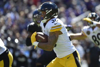 Pittsburgh Steelers' James Conner shines in place of Le'Veon Bell