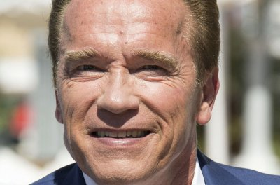 Schwarzenegger: 'Nothing to worry about' after he's kicked in South Africa