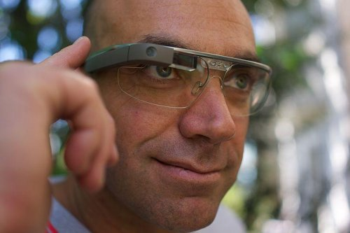 Google Glass to come with prescription lenses