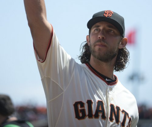 Bumgarner, San Francisco Giants shut out San Diego Padres